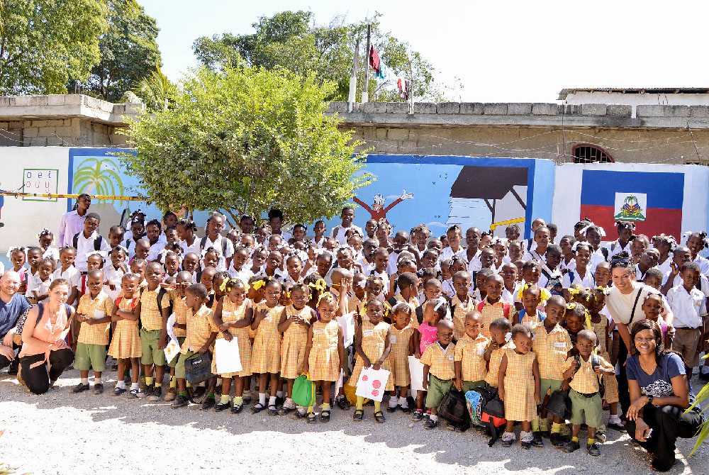 A group photo of the students of L'Ecole Dinaus Mixed in Haiti