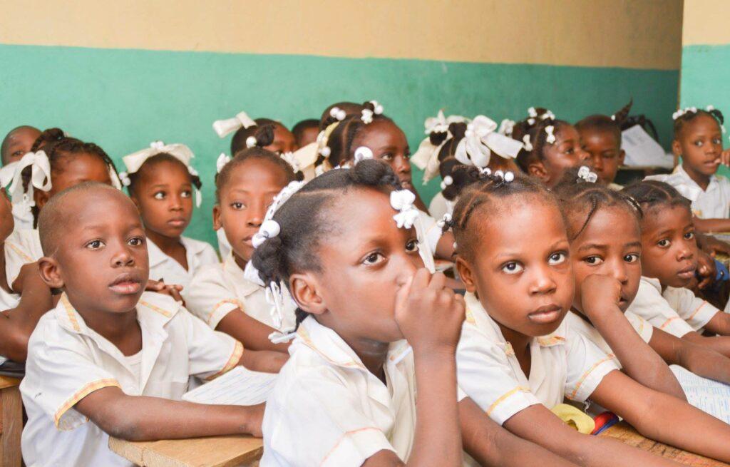 Classroom full of students in Haiti